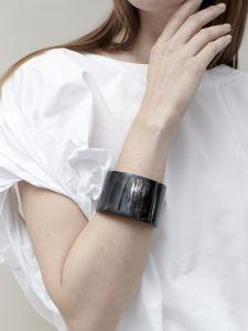 bracelet horn med high
